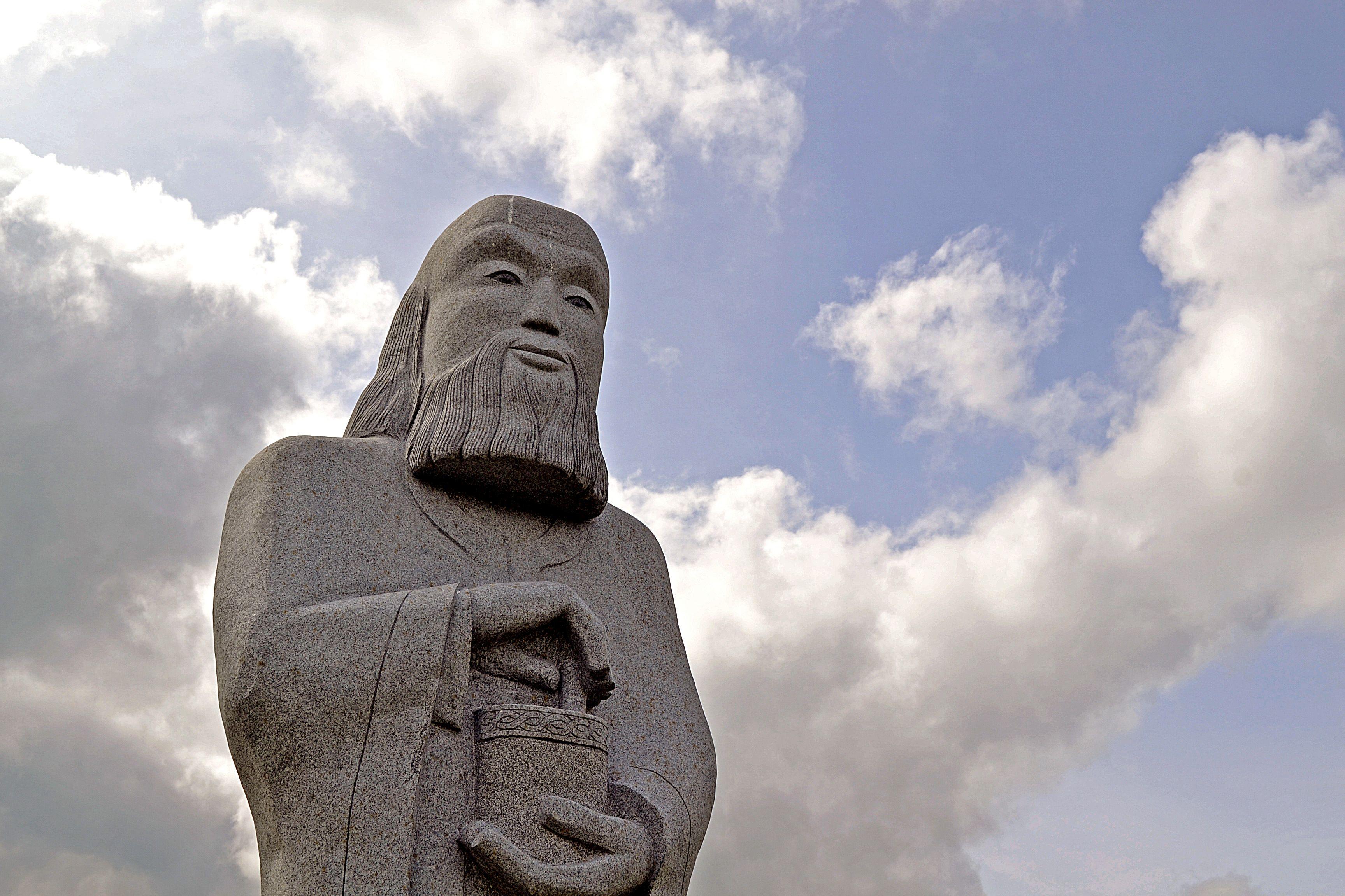 Bâtissons ensemble la statue de saint Vincent Ferrier