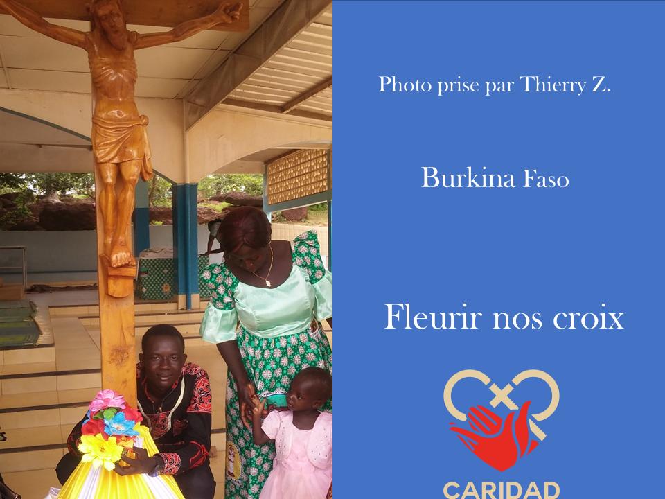 Photo de calvaire fleuri Burkina Faso