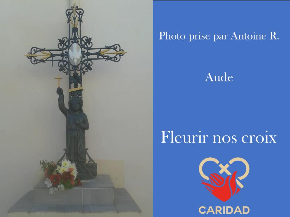 Photo de calvaire fleuri Aude