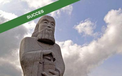 La_Vallée_des_Saints_-_statues_Carnoët_succès